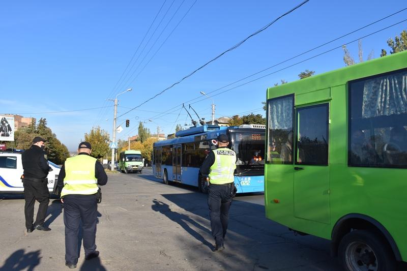 У Краматорську проводяться рейди у міському транспорті, фото-4