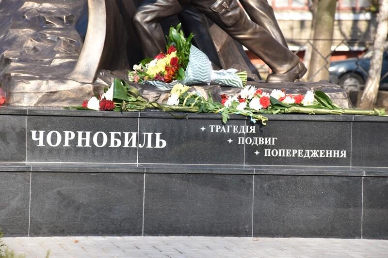 У Краматорську відкрили пам'ятний знак учасникам ліквідації наслідків аварії на Чорнобильський АЕС, фото-4