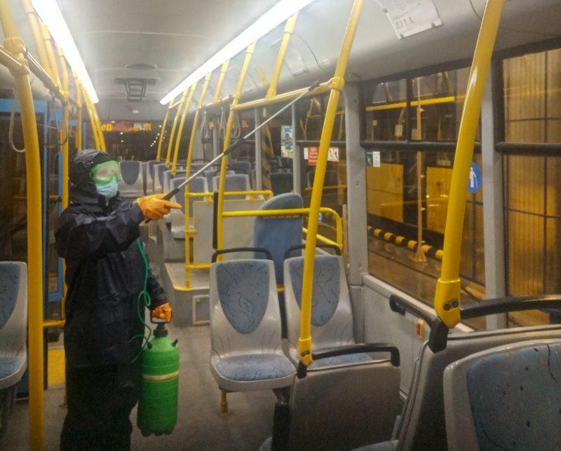 ФОТОФАКТ. У Краматорську продовжують проводити щоденну дезінфекцію пасажирського транспорту, фото-2