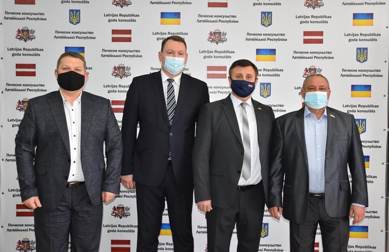 У Донецькій області відкрилося Почесне консульство Латвійської Республіки, фото-5